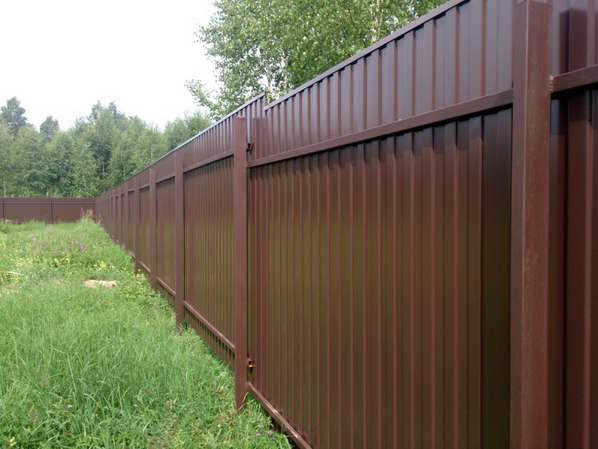Забор из профнастила (металлопрофиля) фото и цены