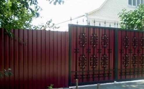 Забор из профнастила (Металлопрофиля)2 фото и цены
